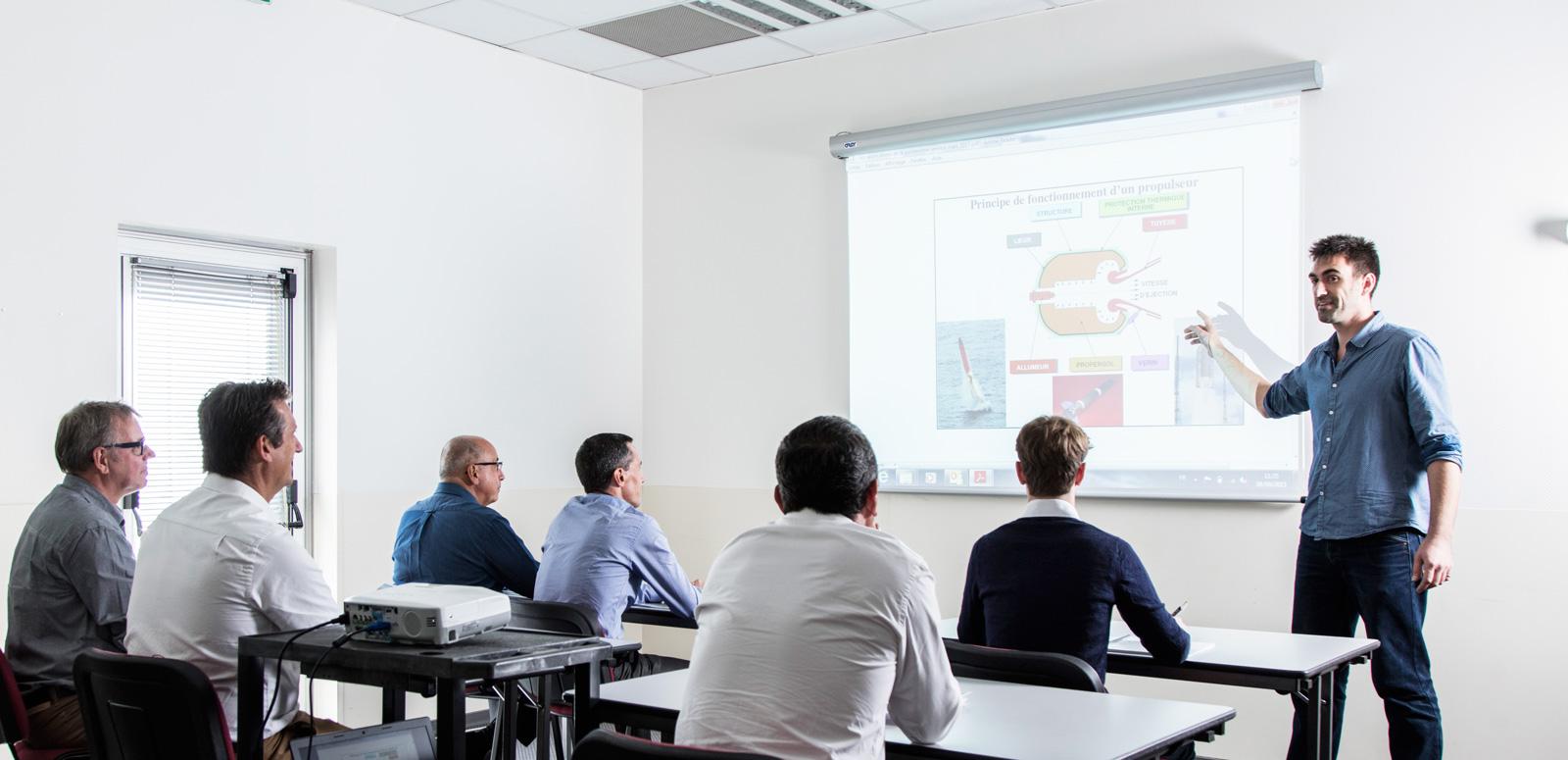 organisation gestion stages formation continue scientifique technologique inter-entreprises